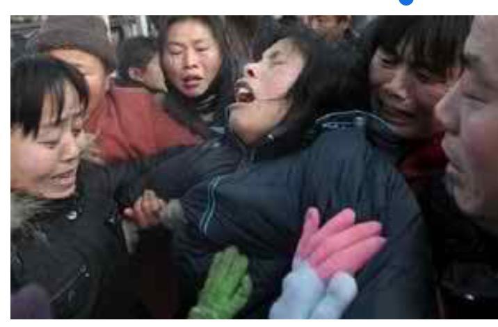 চীনের খনিধসের ৩৬ দিন পর জীবিত শ্রমিকদের উদ্ধার