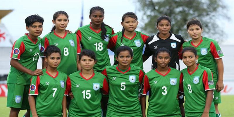 গ্রুপ চ্যাম্পিয়ন হওয়ায় বাংলাদেশ নারী ফুটবল দলকে প্রধানমন্ত্রীর অভিনন্দন