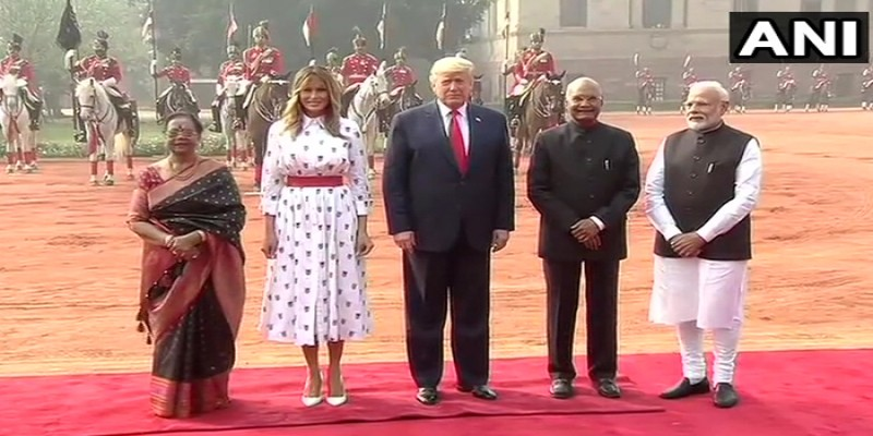 ভারতের রাষ্ট্রপতি ভবনে 'গার্ড অব অনার' দিয়ে মার্কিন প্রেসিডেন্টকে অভ্যর্থন॥