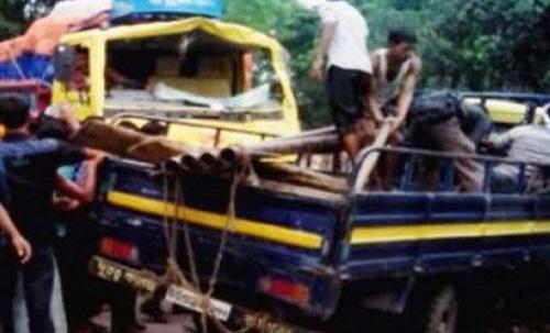 সিরাজগঞ্জের কামারখন্দে ট্রাক-পিকআপ সংঘর্ষে নিহত ২।।